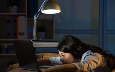 固定残業代で深夜まで残業しても残業代ゼロ?