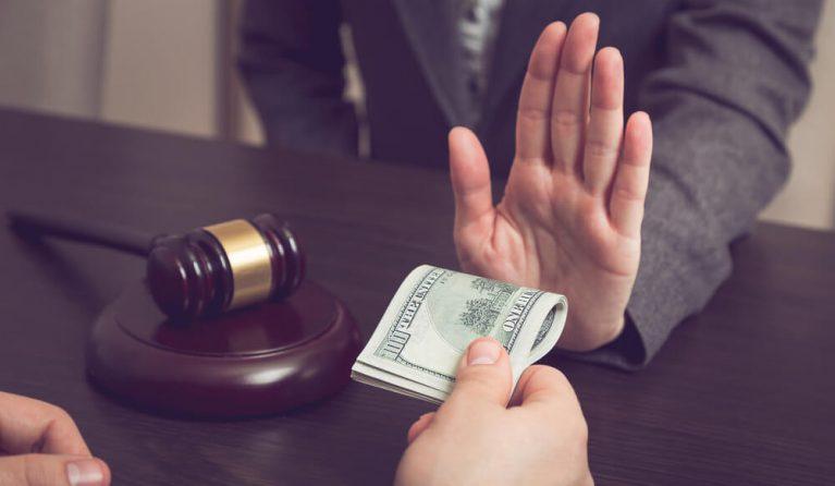 労働問題を弁護士に依頼した場合の費用