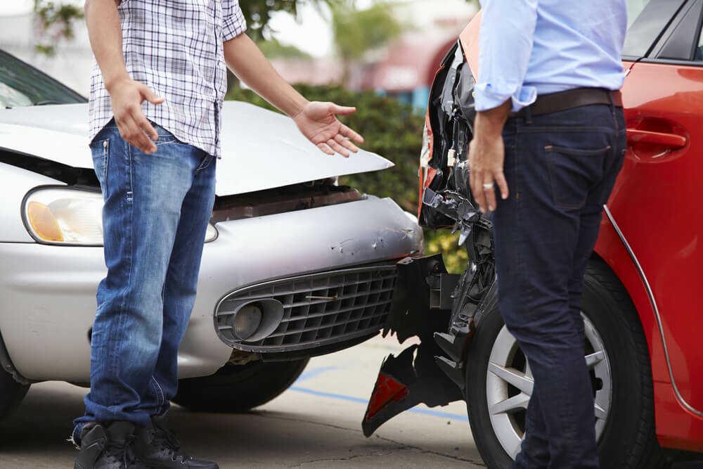 交通事故の示談の流れ・ポイントとは