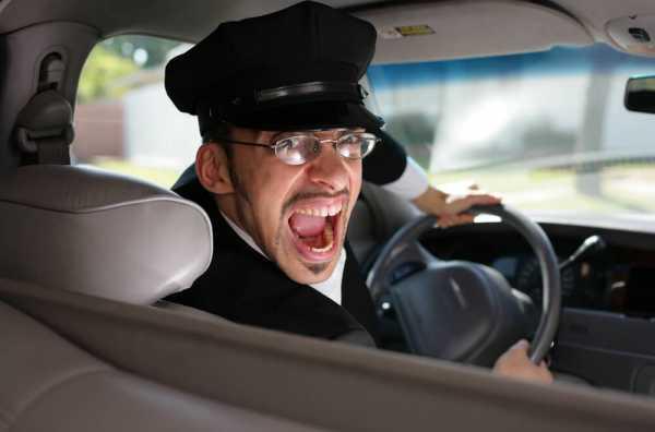 労働時間が長いタクシー運転手